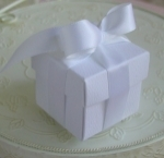 #EE01W - White Favor Box